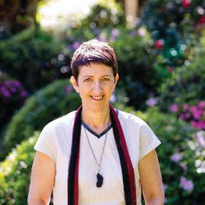 www.f-magazine.online - Tracey Holland Reflexology - F-Magazine Online