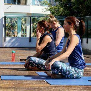 Yoga4Dignity_F_Mag